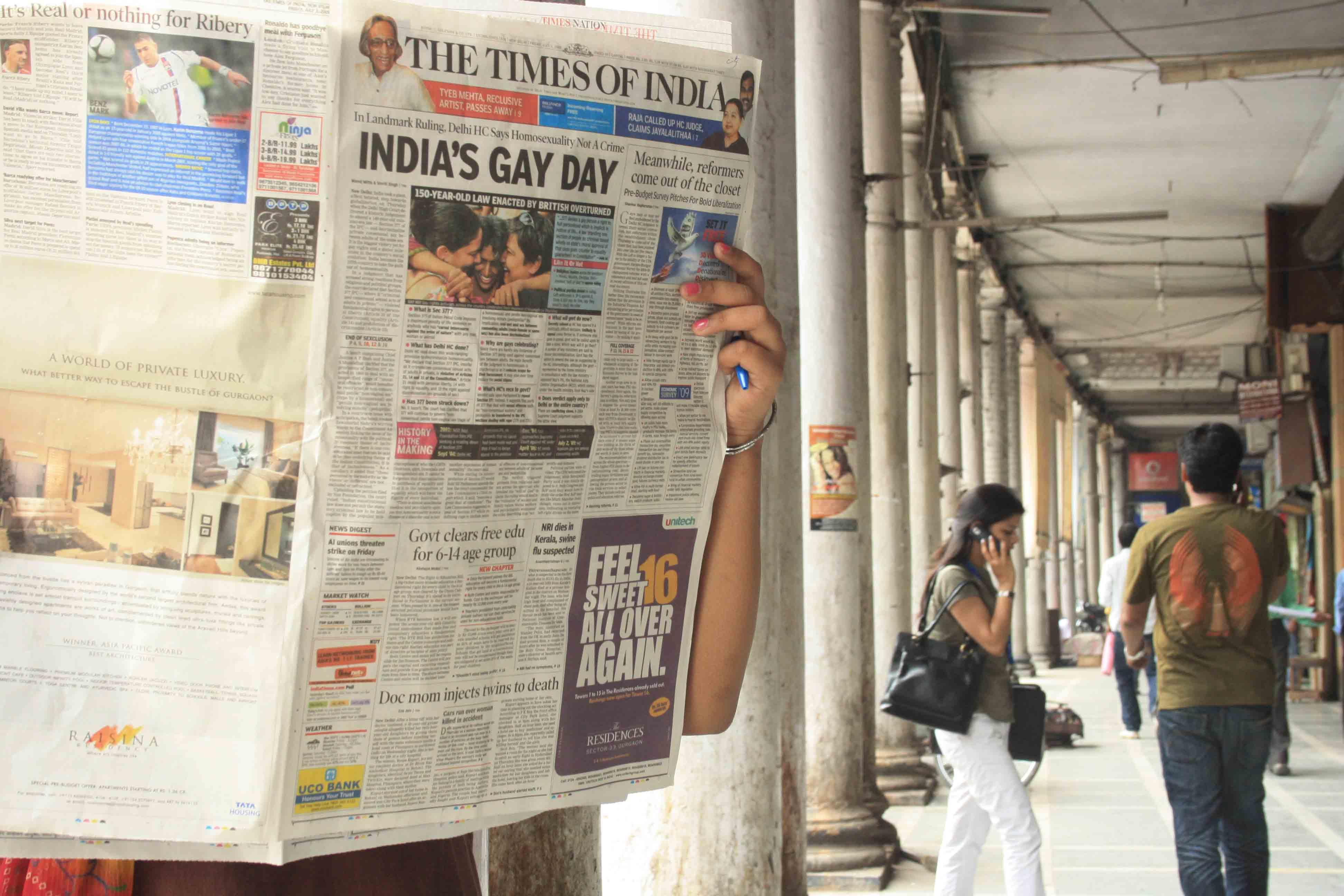 City Life - Gay Delhi is Getting Straight
