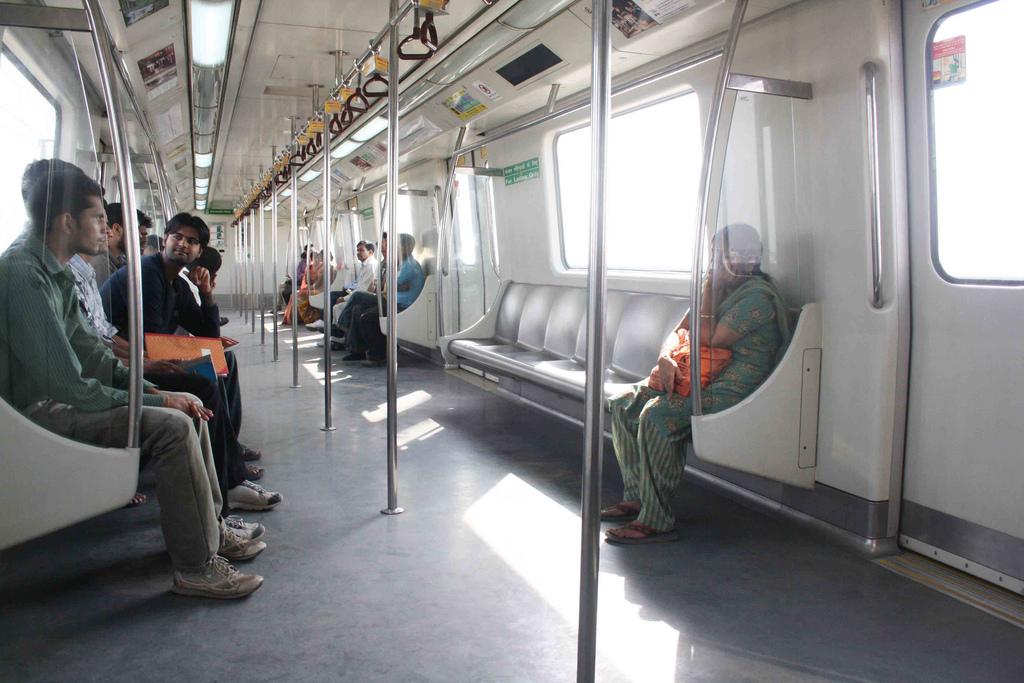 Metro Sketch - The New Lingo