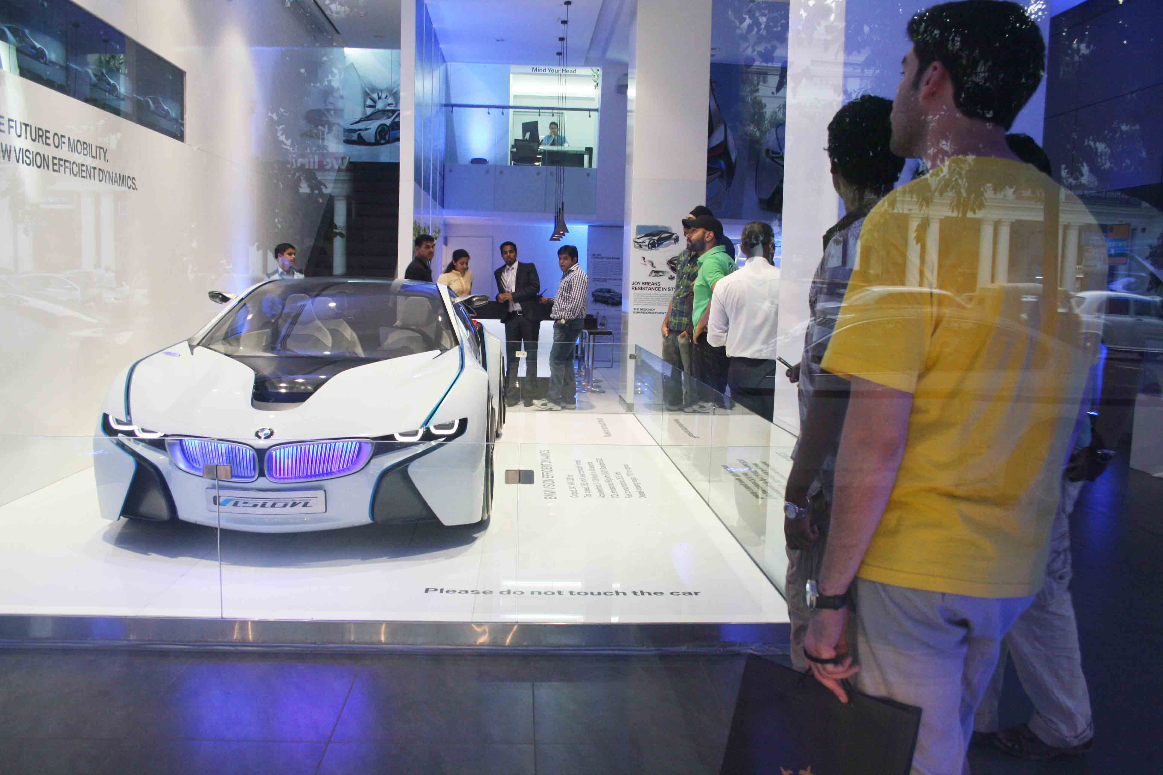 City Moment – BMW Studio, Scindia House