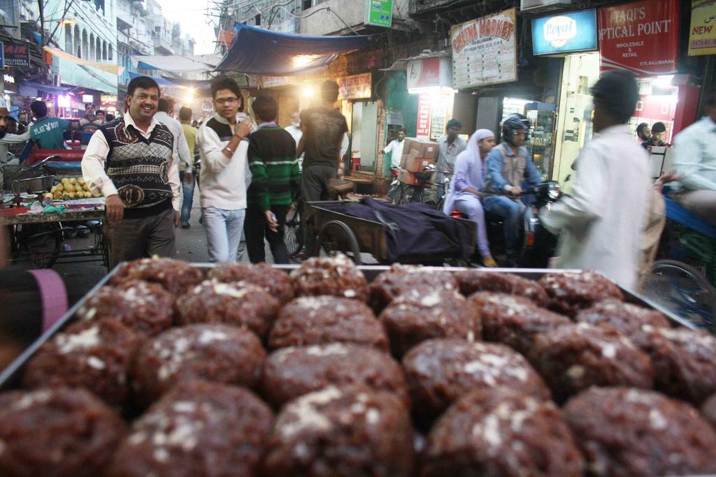 City Food - Habshi Halwa, Ballimaran