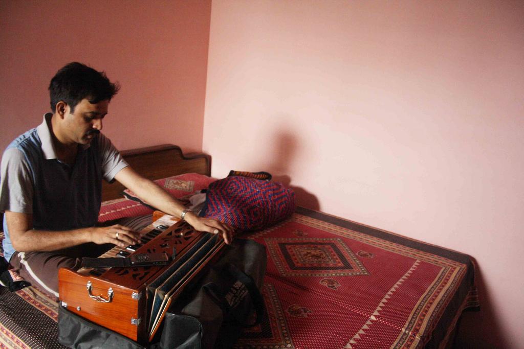 Atget's Corner – 171-175, Delhi Photos