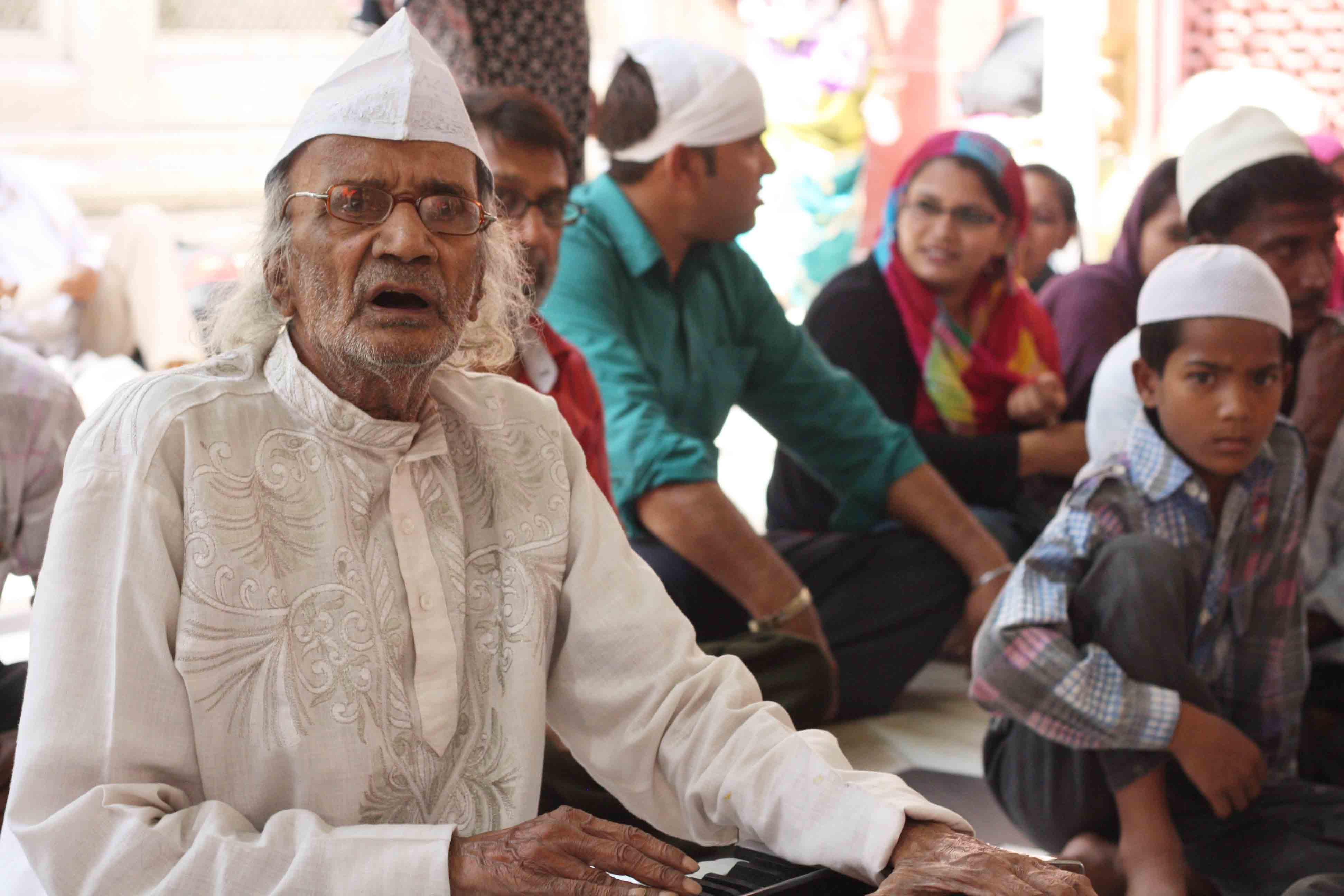 City Moment – The Last Great Qawwal, Hazrat Nizamuddin's Dargah