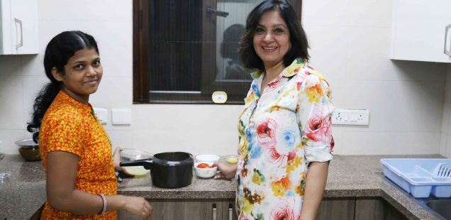 Julia Child in Delhi – Kamala Hemrajani Makes Her Sindh's Dal Pakwaan, Defence Colony