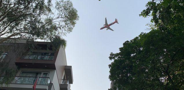 City Hangout - Plane Spotting, Vasant Vihar