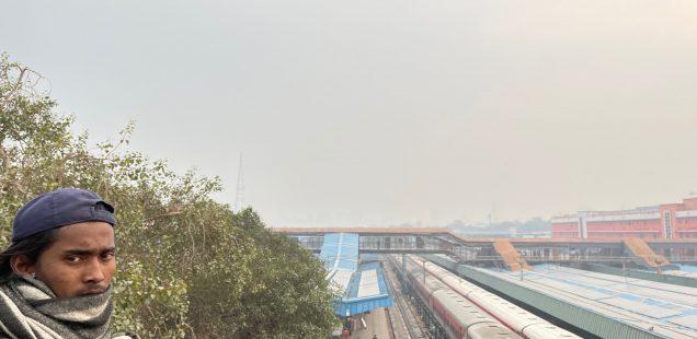 City Hangout - Train Spotting, The Bridge Upon the New Delhi Railway Station