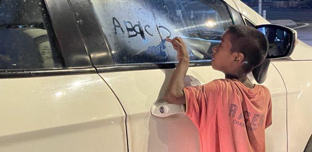 City Moment - The ABCD Boy, Near Oberoi Hotel Flyover