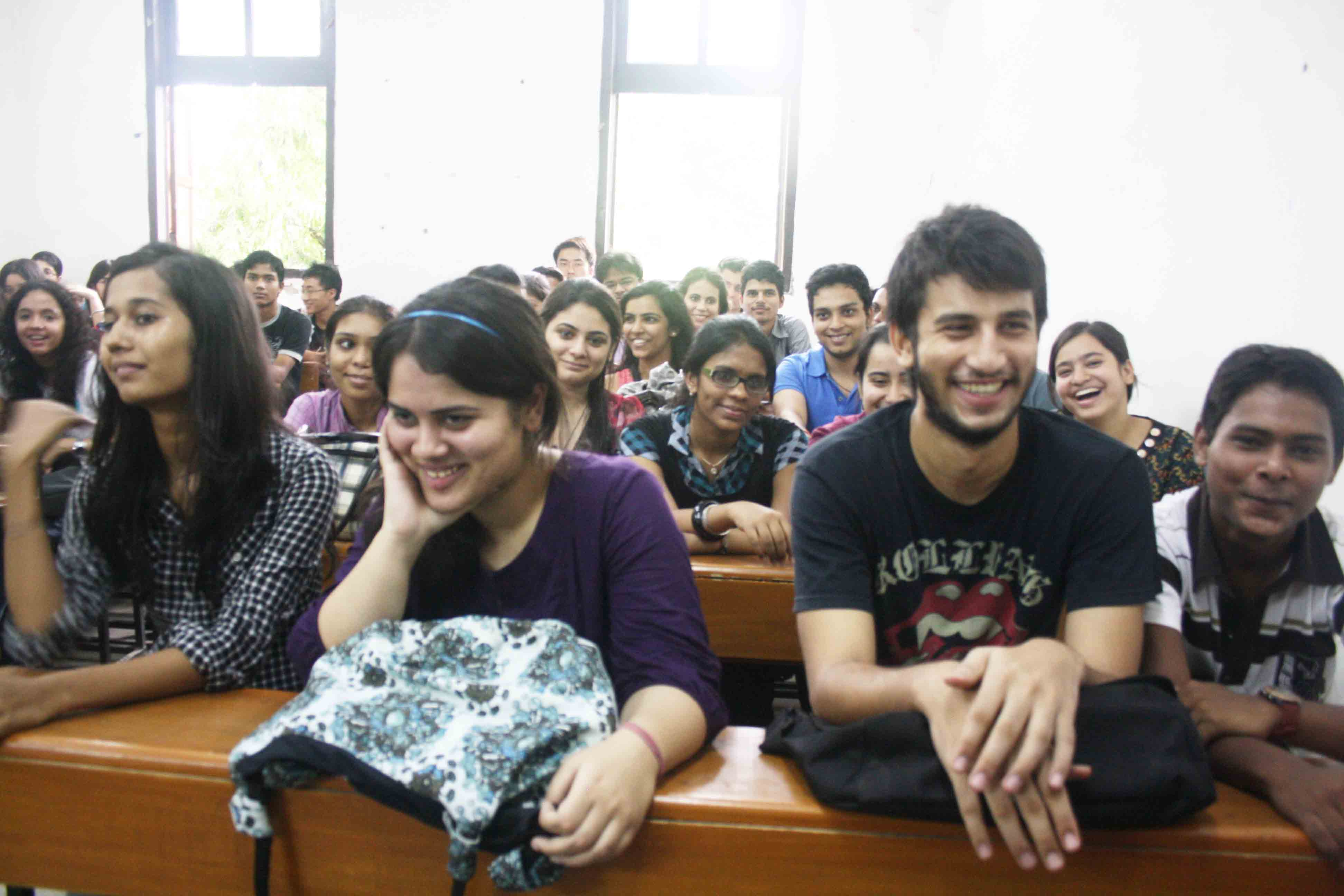 Campus Notepad – Fuchchas, Hindu College