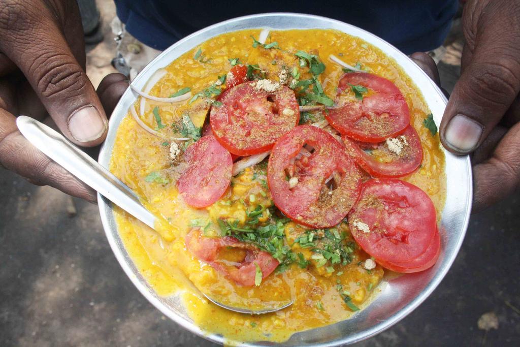 City Food – Haleem, Meena Bazaar
