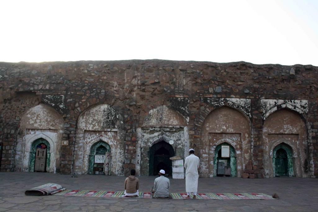 City Monument - Firuz Shah Kotla Ruins, Bahadur Shah Zafar Marg