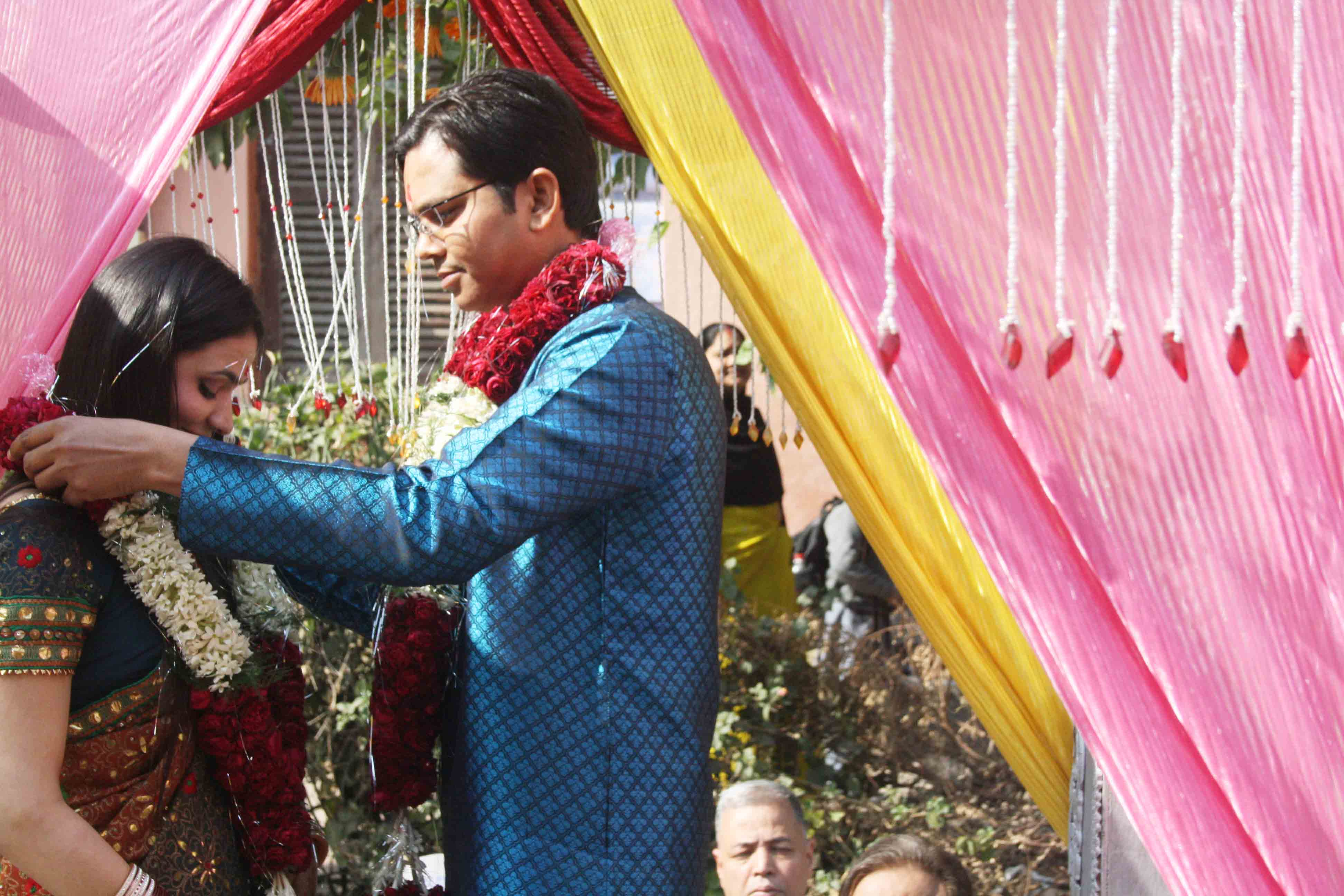 City Moment – Portrait of a Marriage, Mandir Marg