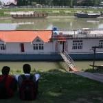 Kashmir Diary – The Bund, Srinagar