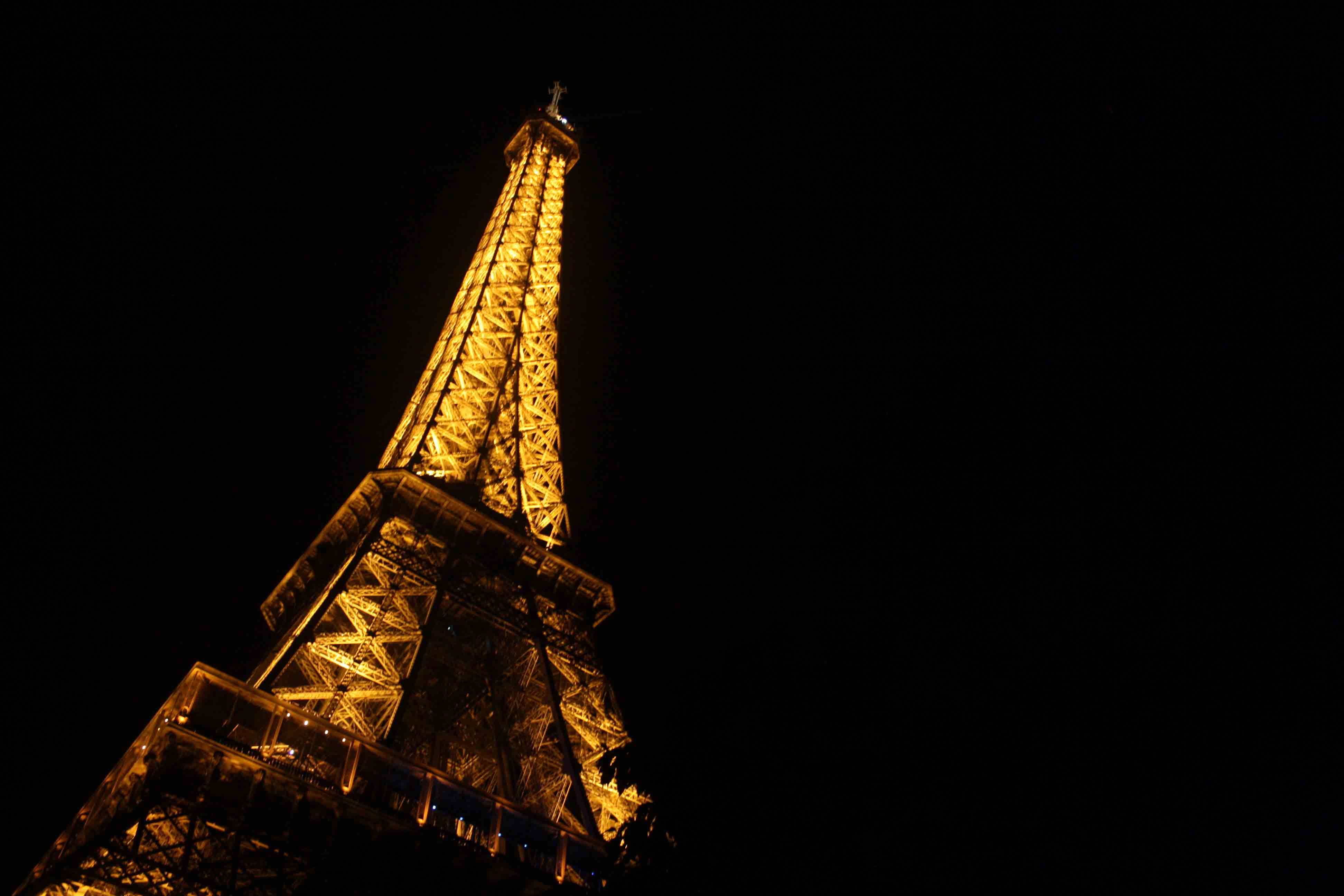 City Travel – Paris Potty, Eiffel Tower