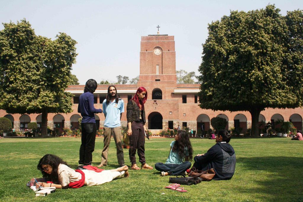 City Notice – India Today Magazine Steals The Delhi Walla's Photo