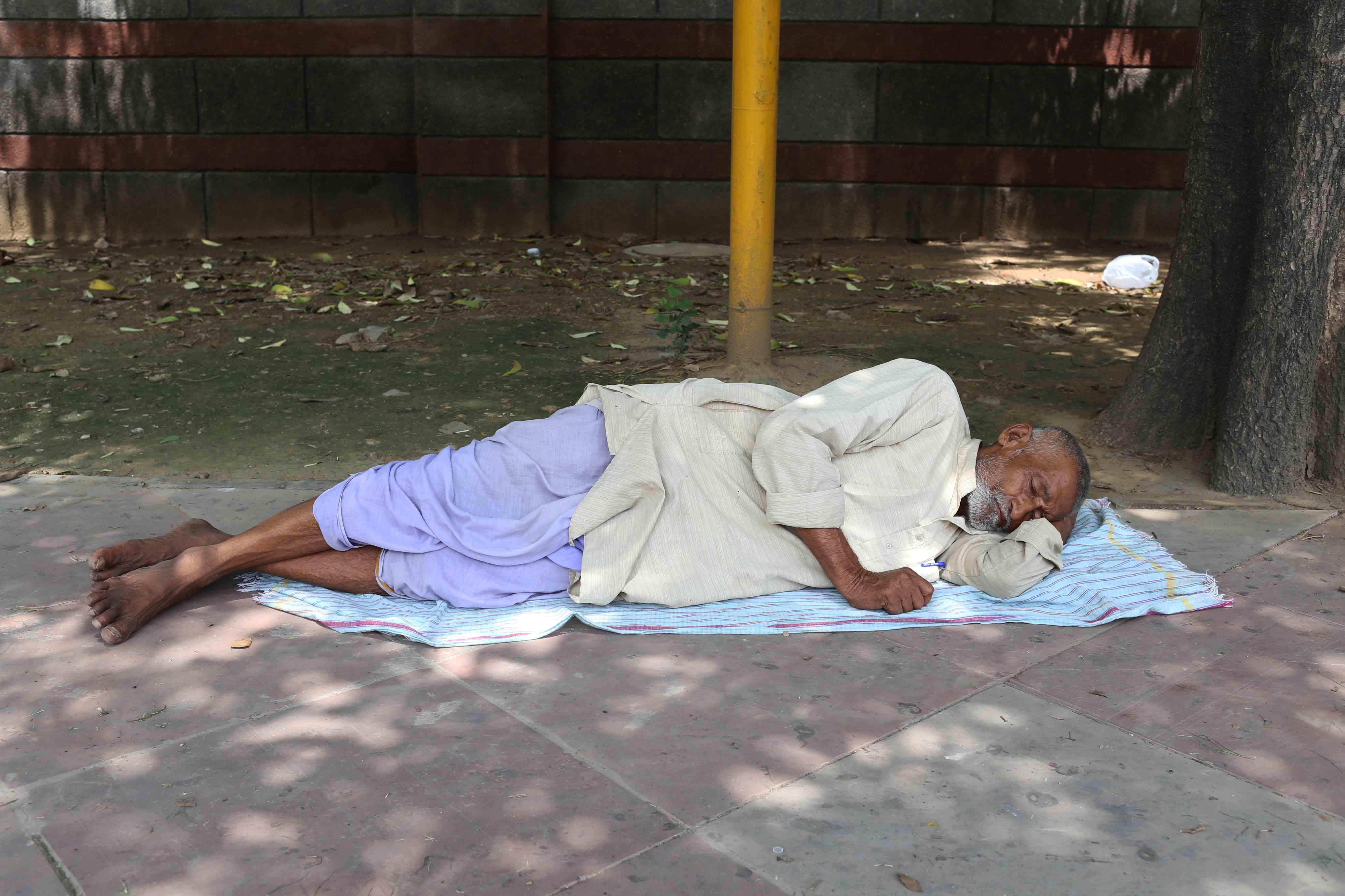 Atget's Corner – 831-835, Delhi Photos