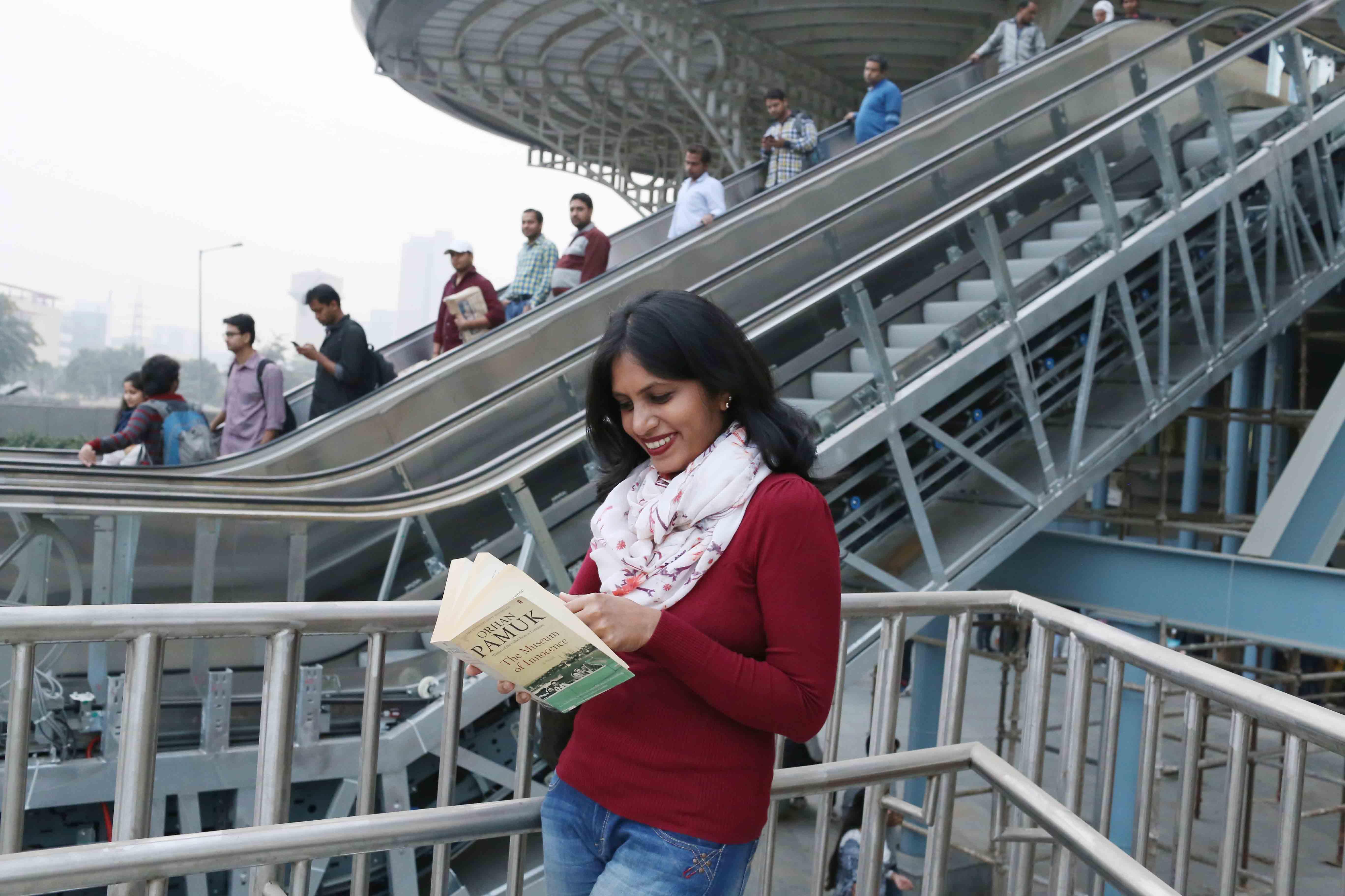 Delhi Metro – Divya Babu's Commute With Proust, Pamuk, Dalrymple, Lahiri, Huda City Center