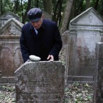 Delhi's Bandaged Heart – Henry Wadsworth Longfellow's Recollections, Venice's Ancient Jewish Cemetery