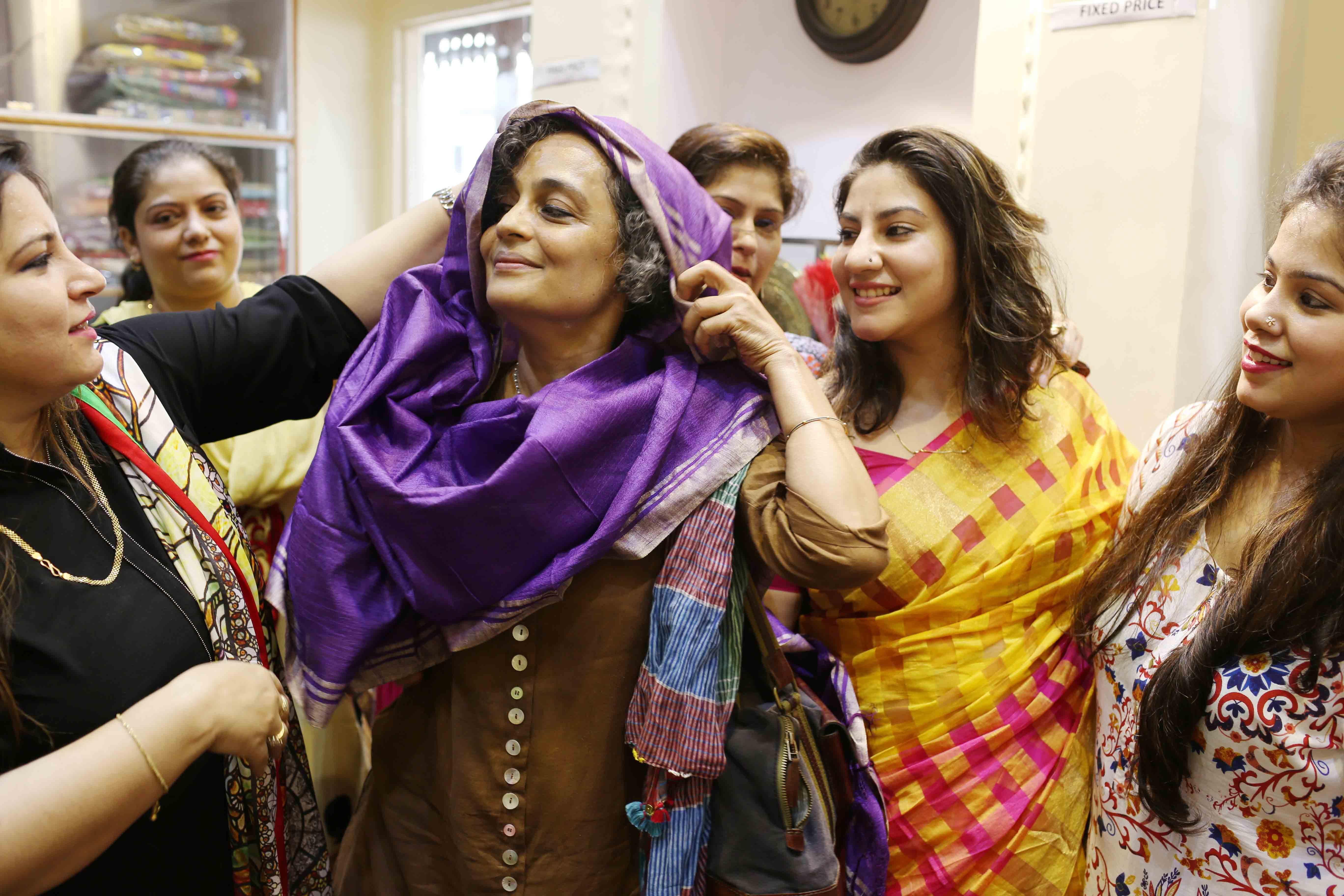 Netherfield Ball – Novelist Arundhati Roy Stuns Society by Opening a Banarasi Saree Showroom, Chitli Qabar Bazaar