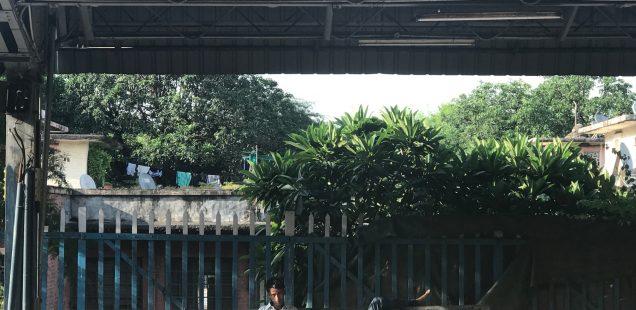 City Hangout - A Lonely Railway Station, Sarojini Nagar Market