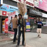 City Hangouts - The Pied Piper of Sector 18 Market, Noida