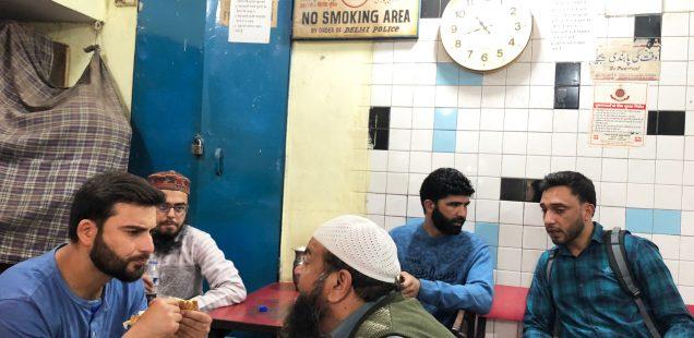 City Hangout - Salim Tea House, Matia Mahal Bazaar
