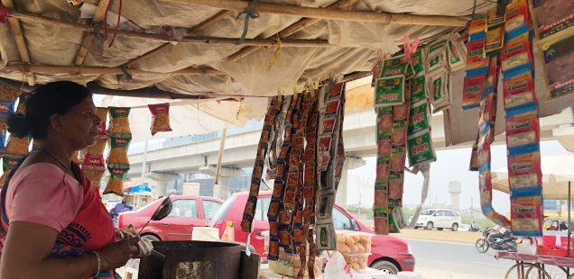 City Life - Aunty's Tree Stall, Golf Course Road, Gurgaon