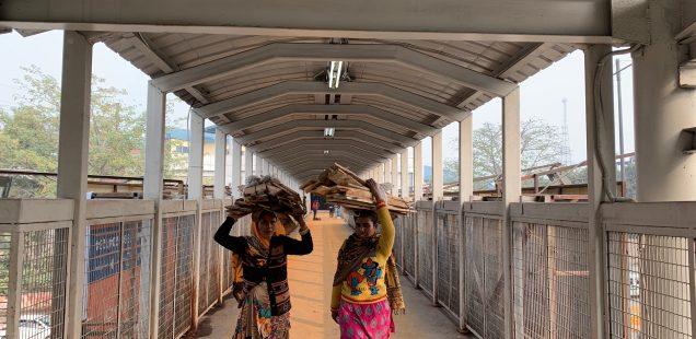 City Hangout - Foot-Over Bridge, Indraprastha Metro Station