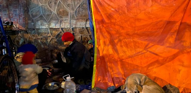 City Moment - Kitchen Couple, Mathura Road