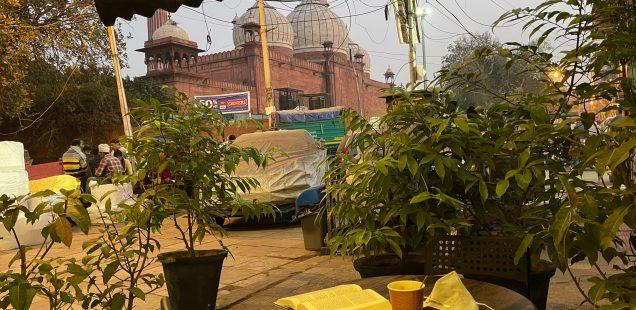 City Hangout - Ebony Cafe, Pai Walan, Jama Masjid